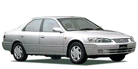 カムリグラシアセダン(トヨタ)の自動車ガイドグレード一覧