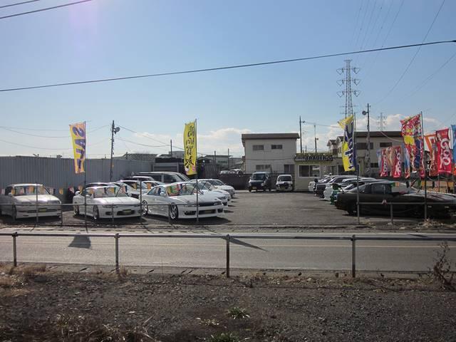 クラブトレーダース FRスポーツ チューニングカー専門店