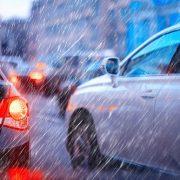 車の査定額に雨は関係する?
