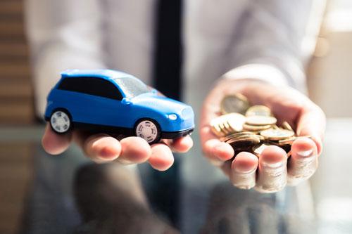 車の売却では支払い過ぎた自賠責保険料は返ってきます