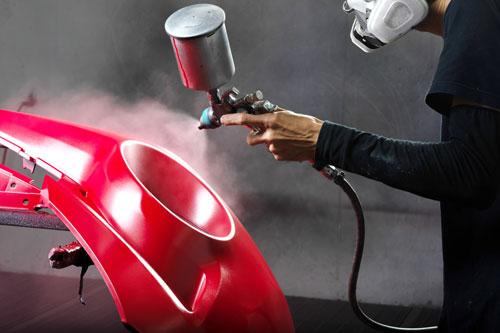 車の修理のために全塗装をする場合業者に依頼をした方が無難です