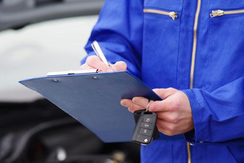 車の査定でどこがいいか悩んでいるなら、中古車買取店が便利です