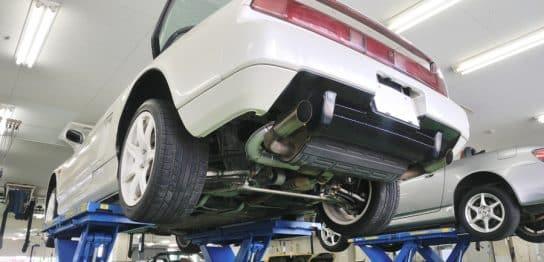 古い車は車検に出すべきか?