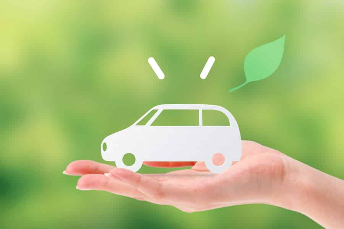 普通車の維持費を節約する方法① エコカーを選ぶ